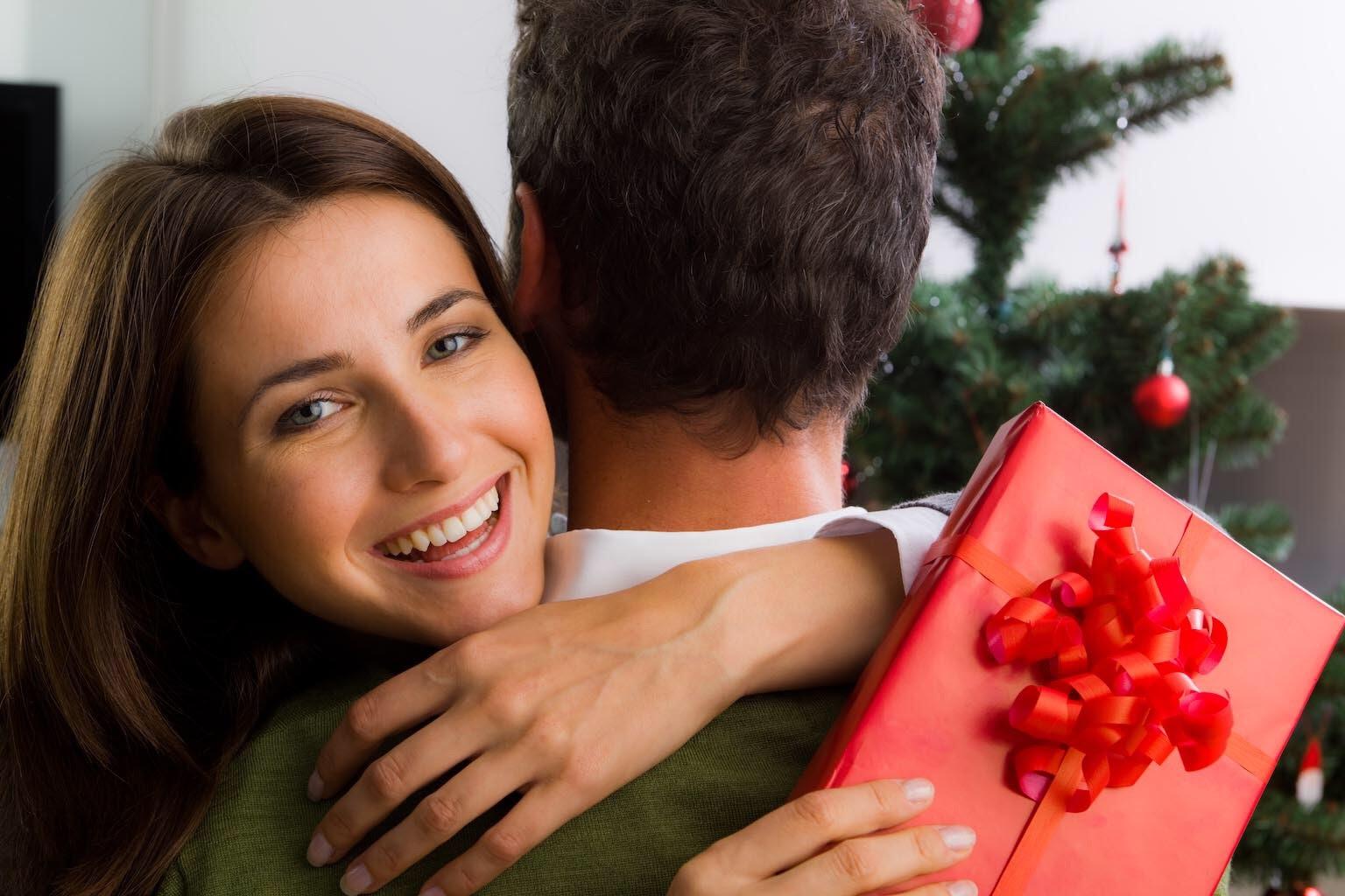 Подарок для любимой женщине в картинках