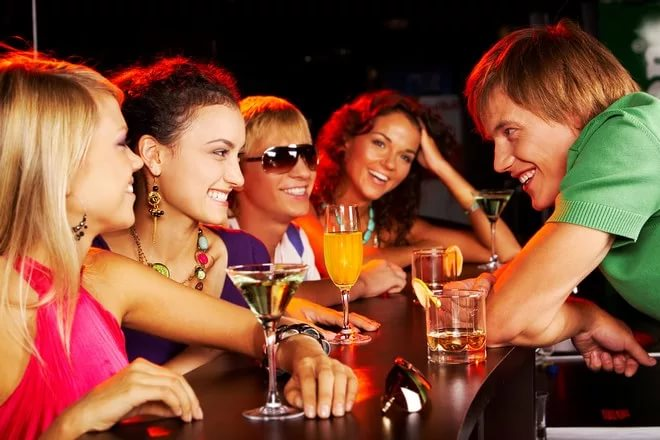 Можно ли ходить в ночной клуб одному официальный сайт ночного клуба метро
