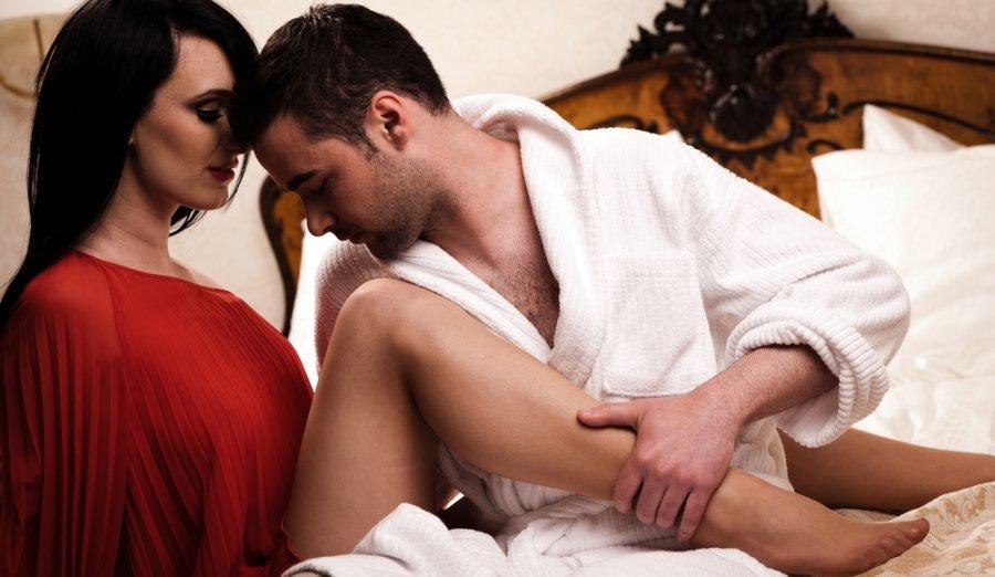 Как затащить девушку на секс с двумя парнями — photo 4