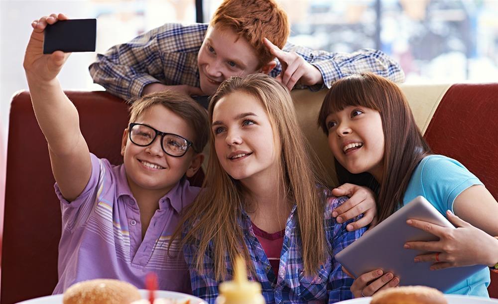 Как сделать чтобы одноклассница влюбилась гадание на картах онлайн бесплатно